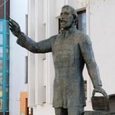 Orosháza - Eötvös József szobor