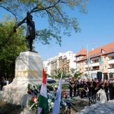 Orosháza - Kossuth szobor
