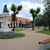Orosháza - Szent István szobor